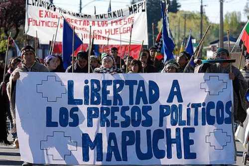 mapuches_164052-L0x0